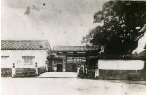 明治初期の一の橋と大手門
