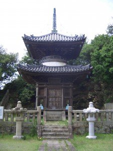 海禅院の多宝塔