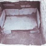 鳴滝古墳群 1号墳横穴式石室内石廊