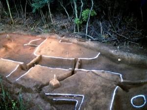 菖蒲谷遺跡 台状墓