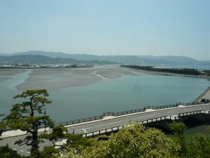 和歌の浦(奠供山から望む和歌川河口)