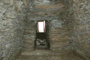 大日山35号墳 横穴式石室(玄門部)