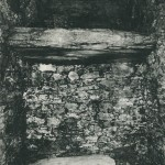 将軍塚古墳 玄室の棚と棺材